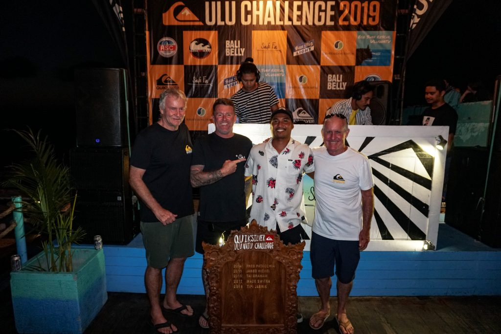 Tumbling Sudiantara Posts Perfect 10 Point Ride to Win the Quiksilver Uluwatu Challenge and adds his Name to the Championship Trophy