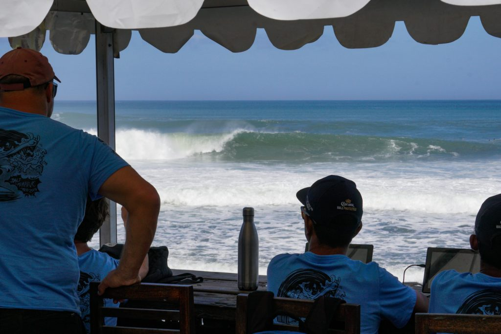 Bali Adaptive Pro Presented by Burton Automotive at Canggu On Hold Due to Extremely Difficult Wave Conditions on Day Two
